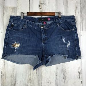 Torrid | Denim Shorts Size 20